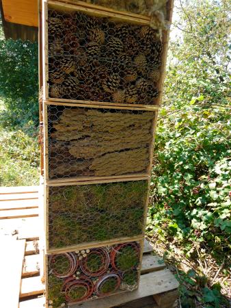 Insekthotel på Kegnes, set fra siden.
