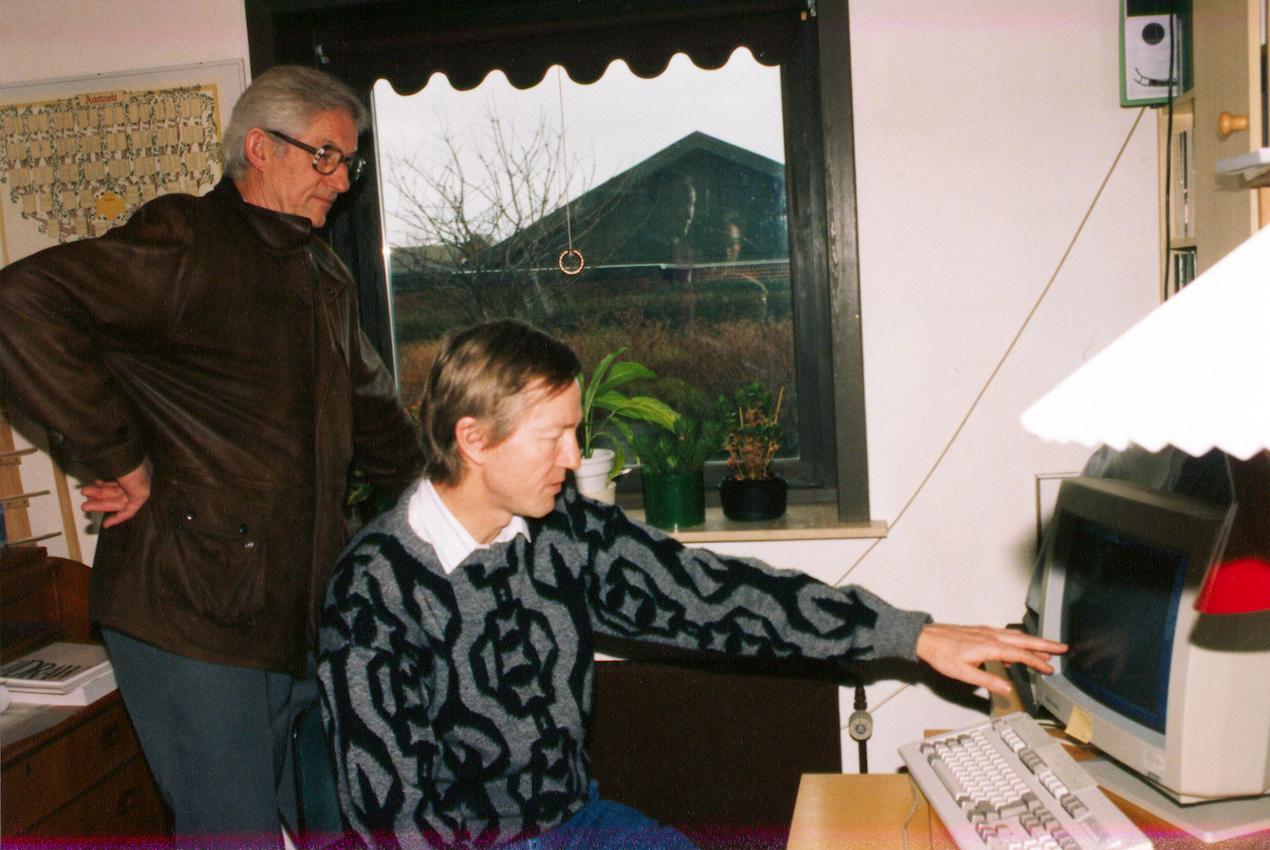 Computerdata diskuteres (O. Møller-Olsen og H. Lumbye-Hansen).