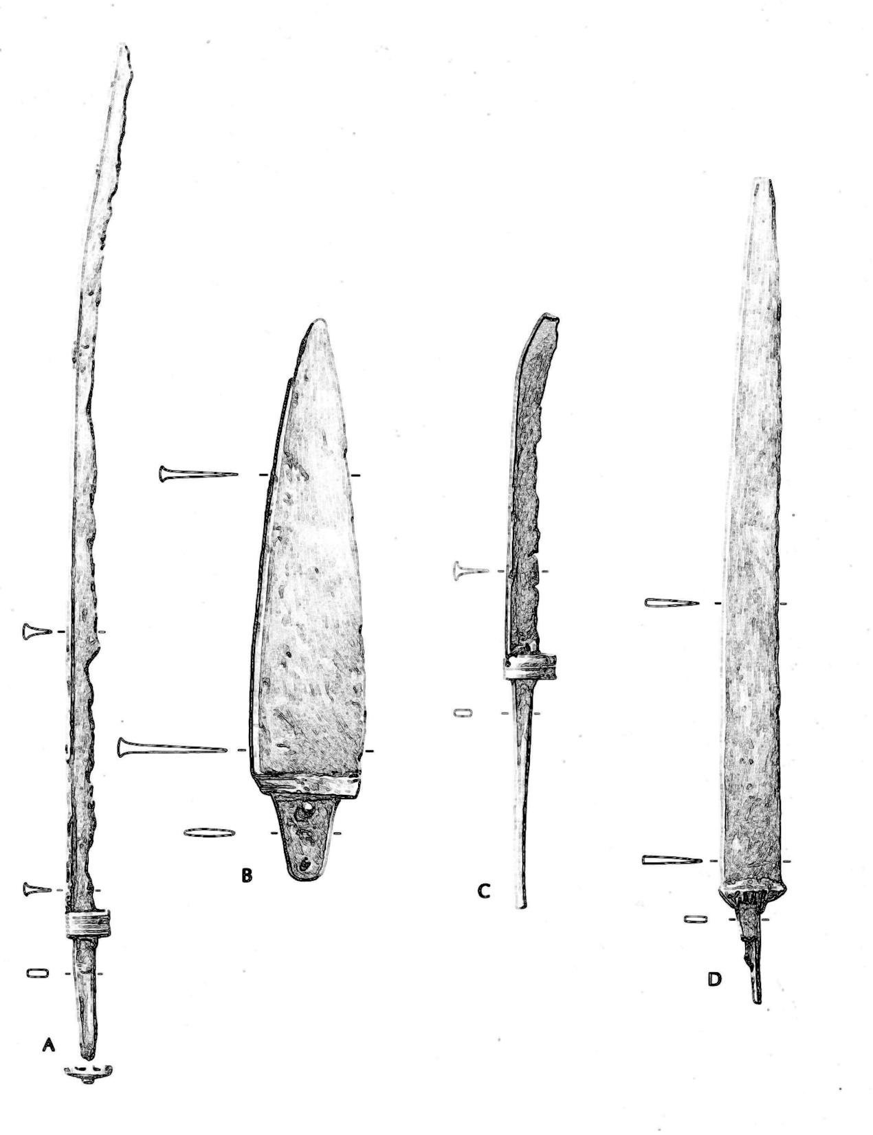 Fire sværd fra Hjortspringfundet.
