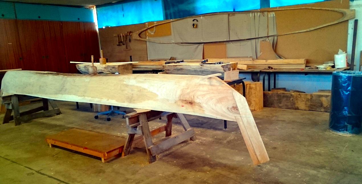Loke, en udspændt stammebåd, baseret på den svenske Björkebåd.